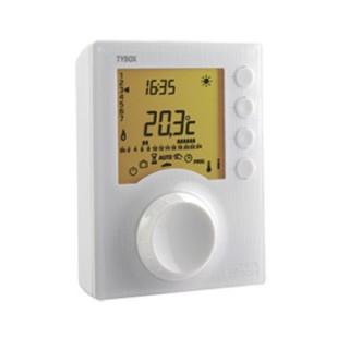 TYBOX 713 [- Thermostat programmable filaire (à piles) - Chauffage eau chaude - Delta Dore]